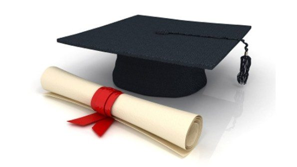 Qual a Diferença entre Diploma e Certificado?