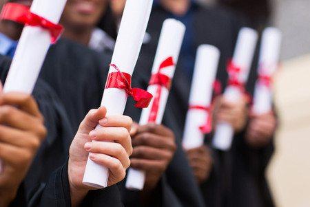 Requisitos para Receber o Diploma do Ensino Médio
